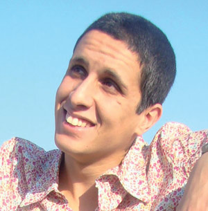 Sy Mehdi, le chanteur qui aime chanter des histoires…
