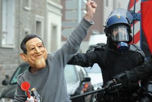 Sarkozy sommé de négocier avec les syndicats