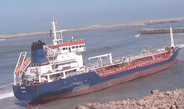 Navire échoué à Tan-Tan : 3300 t de fioul évacuées jusqu à samedi