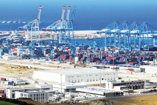 Tanger Med continue de creuser son sillon: Le port a enregistré, en 2015, un trafic de 2.352.000 passagers