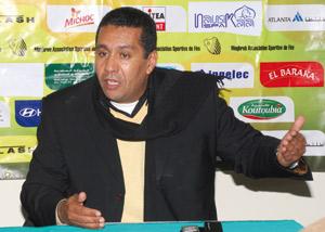 Rachid Taoussi : «Je vise le titre du championnat sans pression»