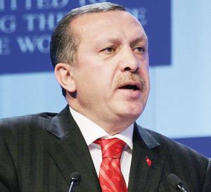Démissions dans l'armée turque : Un pas vers la démocratie ou l'autoritarisme ?
