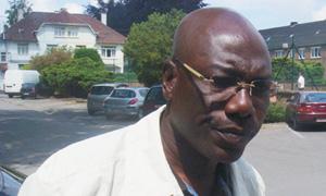 Paul Le Guen garde Thomas Nkono