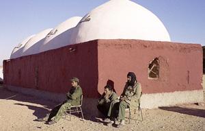 Le Polisario maquille les camps pour tromper les Américains