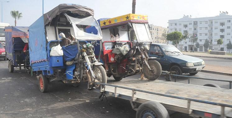 Tuk-tuk-transport-triporteurs