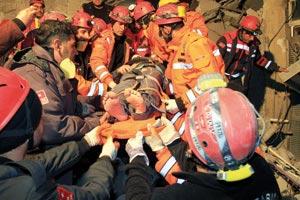 Turquie : Les secours à l'oeuvre après un nouveau séisme meurtrier