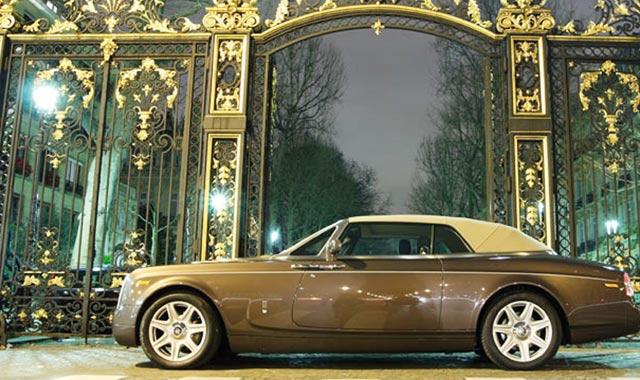 Propriétaires de voitures de luxe: Vous serez taxés en janvier!