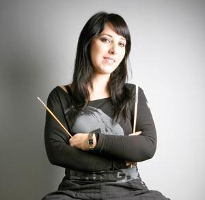 Yasmine Tahiri, une artiste aux multiples facettes