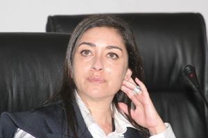 Yasmina Baddou diligente une enquête sur l'affaire des bébés victimes d'une grave infection suite à leur vaccination