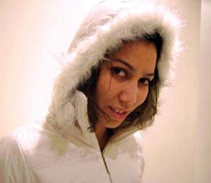 Youssra Oukaf, une rappeuse dans le vent