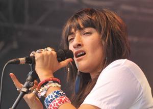 Festival «Sintra-Misty 2010» : la chanteuse Hindi Zahra envoûte le public portugais