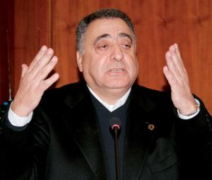 Mohamed Ziane : «Les armes saisies devaient être acheminées vers l'Algérie»