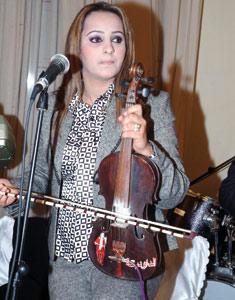 Zina Daoudia : «Jouer du violon, l'autre vocation de Daoudia»