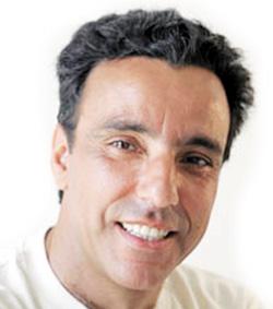 Zoubeir Benbouchta : «Tanger manque de théâtres»