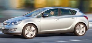 Opel Astra : sur les traces de l'Insignia