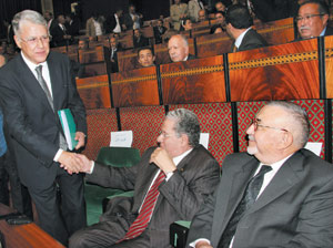 Abbas El Fassi s'engage à créer 250.000 postes d'emploi par an