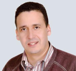 Abdellah Mortaki : «Dans la majorité des cas, la chute de cheveux est d'origine génétique et hormonale»