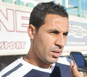 Transfert : Hicham Aboucherouane signe à Al Ahli du Qatar pour une année