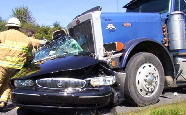 Cinq morts dans un accident de la route près de Taza