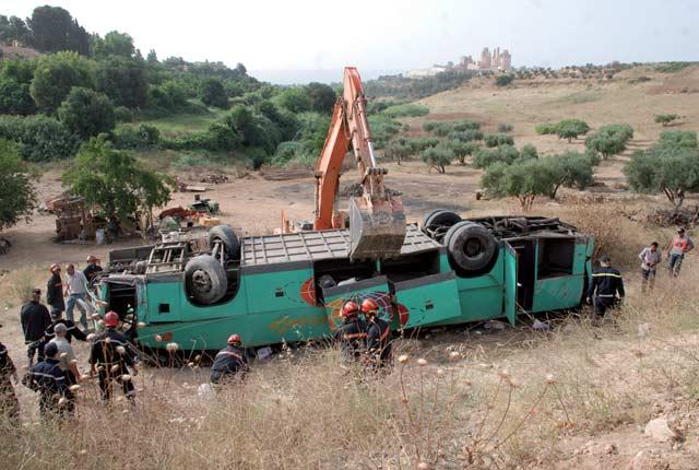 Témara: Un mort et 40  blessés dans un accident de la route