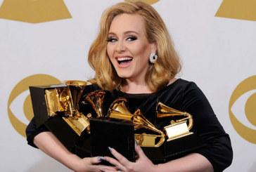 Adele pourrait rejoindre le label Sony Music pour 100 millions d'euros