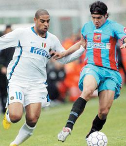 Calcio : l'Inter largement en tête