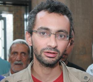 Affaire Nichane-TelQuel : Le parquet poursuit Reda Benchemsi pour manquement au respect dû au Roi