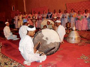Ouarzazate : Ahwach, un festival haut en couleurs et en rythmes