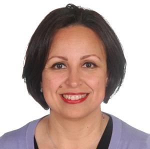 Amal Chabach : «Bien dans notre peau, nous sommes à l'aise pour nous montrer à l'autre»
