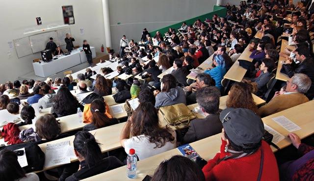 L Education nationale lance un concours pour la promotion des diplômés universitaires