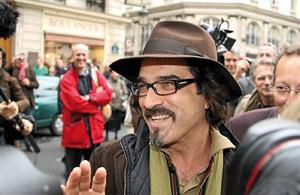 Atiq Rahimi, un Franco-Afghan, remporte le prix Goncourt