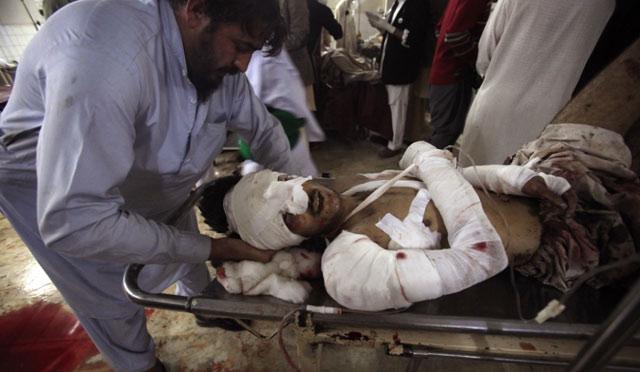Attentat contre une église au Pakistan: le bilan s'alourdit à 81 morts