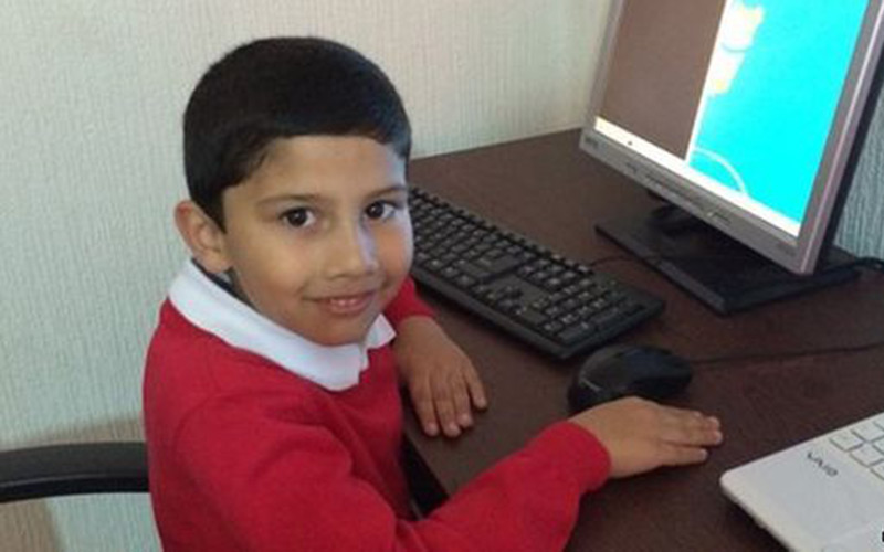A 5 ans, il obtient une certification Microsoft