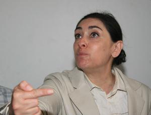 Polémique sur la réforme des prix des médicaments : Les pharmaciens menacent Baddou d'une grève générale