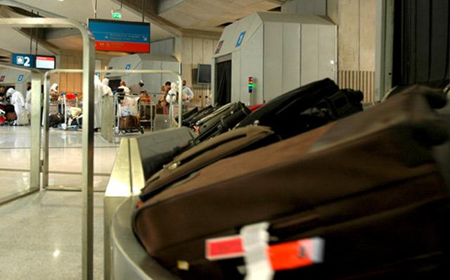 Espagne : Un bébé meurt emporté par un carrousel à bagages dans un aéroport