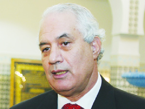 Le tribunal d'Alger condamne 16 personnes pour escroquerie