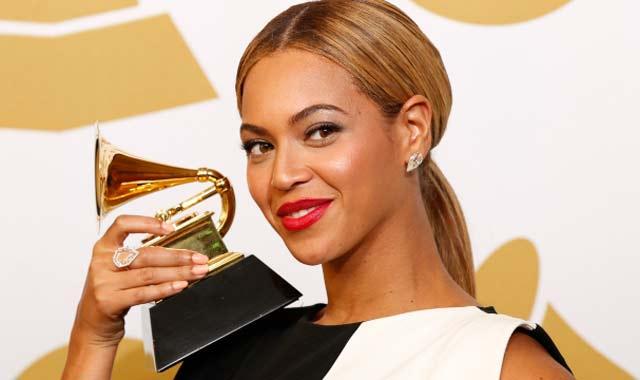 Beyoncé prend la plume pour  défendre l égalité des sexes