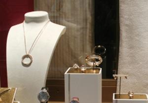 Arnaque : Des bijoutiers victimes de faux