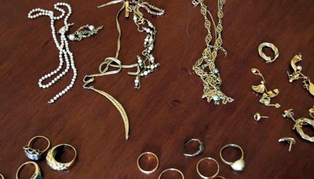 Casablanca : Saisie de bijoux en Or d une valeur de 440 000 dhs à l aéroport Mohammed V