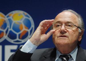 Blatter s'excuse et reparle de vidéo
