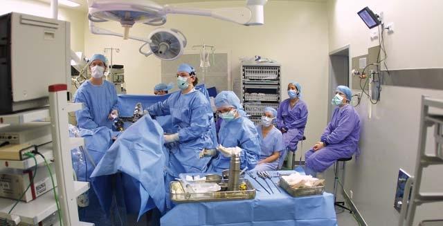 Le ministère  de la santé a  prévu la création, au niveau de chaque région, d une unité  de soins  intensifs  en néonatologie.