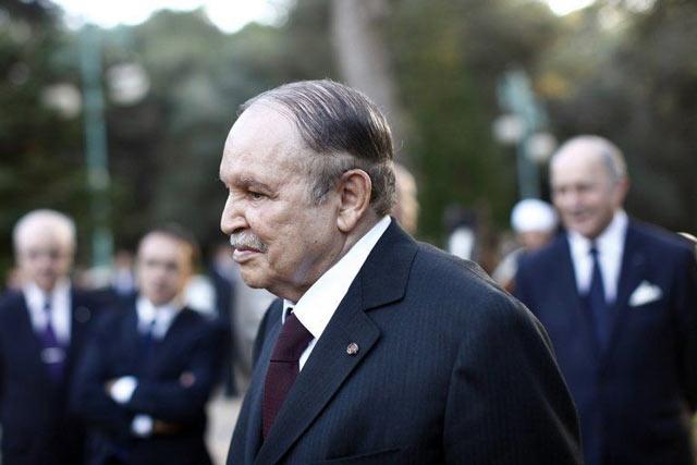 En raison d'un dossier sur l'état de santé de Bouteflika, deux journaux algériens interdits de parution