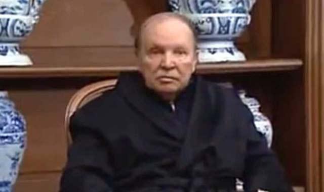 Algérie: Craintes que la nouvelle hospitalisation de M. Bouteflika perturbe calendrier politique