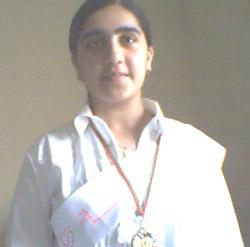 Btissam élue élève surdouée 2005