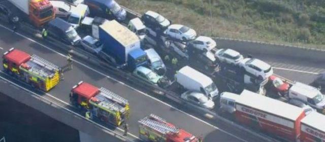 Royaume-Uni : Un gigantesque carambolage fait 200 blessés