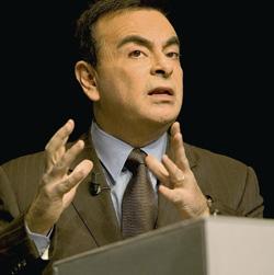 Automobile : Carlos Ghosn reste ouvert à une alliance nord-américaine