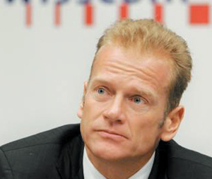 High-tech : Télécoms : Swisscom reprend ses OPA