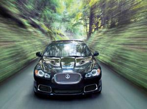Jaguar XFR : Un félin dans la bergerie