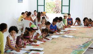 Initiation des enfants à la peinture