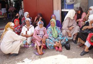 Reportage : Moukef : Des femmes au creux de la vague